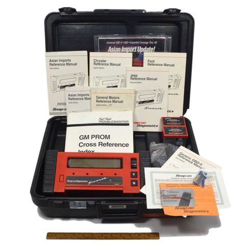 Briefly Used SNAP-ON DIAGNOSTICS SCANNER #MT2500 Complete in Case w 2 CARTRIDGES