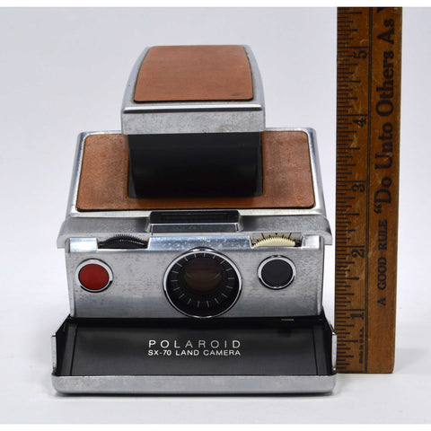 Looks Good POLAROID SX-70 ALPHA 1 INSTANT LAND CAMERA Silver & Tan **UNTESTED**