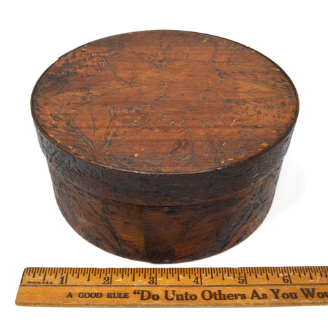 "Vintage FOLK ART CARVED SHAKER BOX 6.5"" Round w/ Lid WOOD CONTAINER Floral Motif"