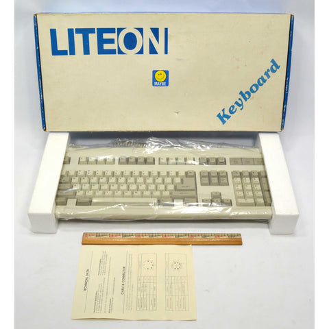 "Vintage ""LITE ON KEYBOARD"" Excellent Condition LOOKS NEVER USED Atari/Commodore?"