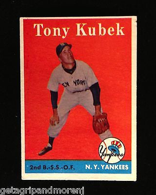 1958 Topps Tony Kubek #393 New York Yankess Baseball Card