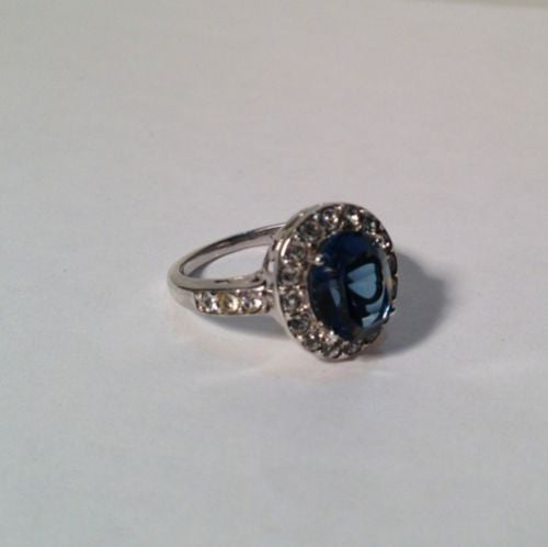 Sterling Silver Ring With Cubic Zirconia And Blue Stone Size 7