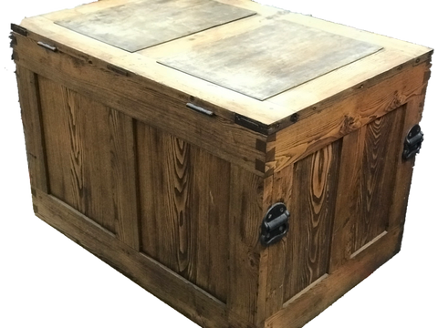 Incredible Chestnut Trunk Toolbox