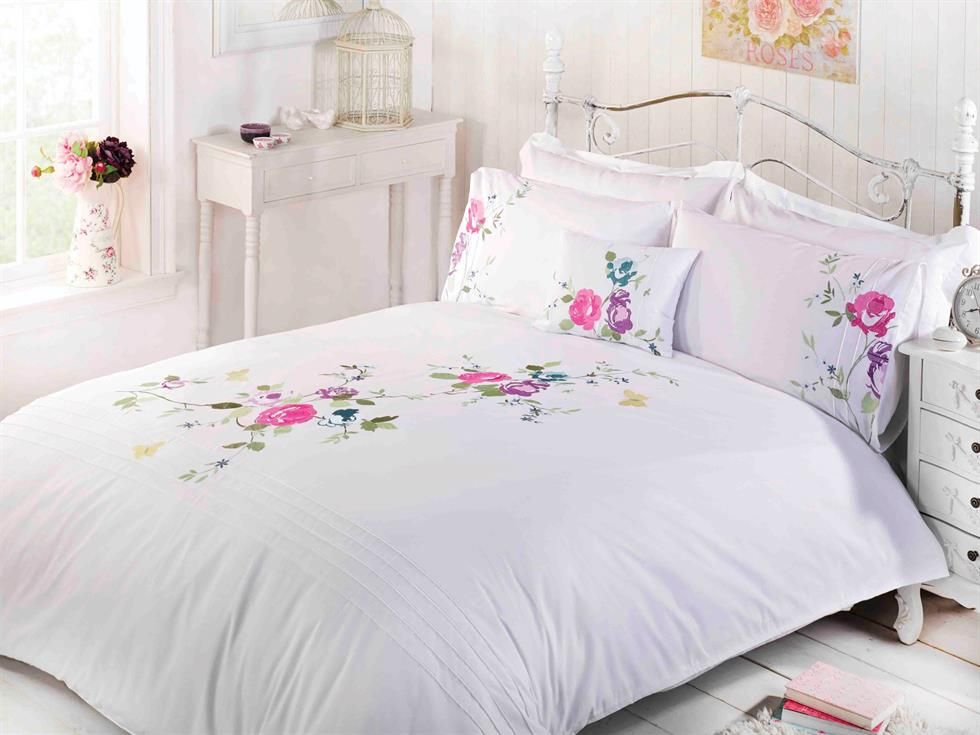 Lois Luxury Bedding Set White