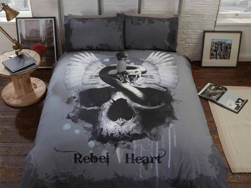 Rebel Heart Bedding Set Multi