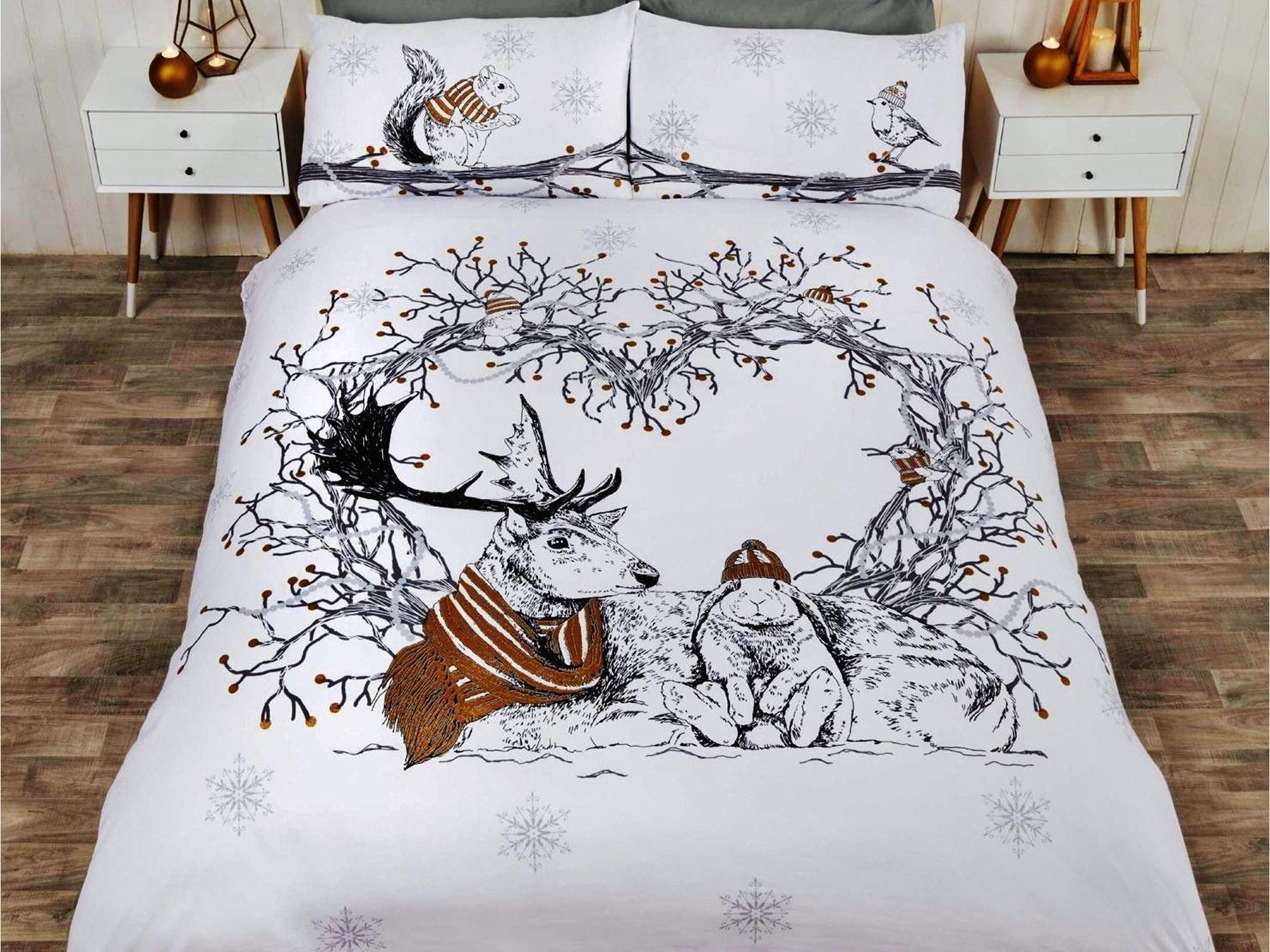 Christmas Bedding.Stag Friends Christmas Bedding Set Gold