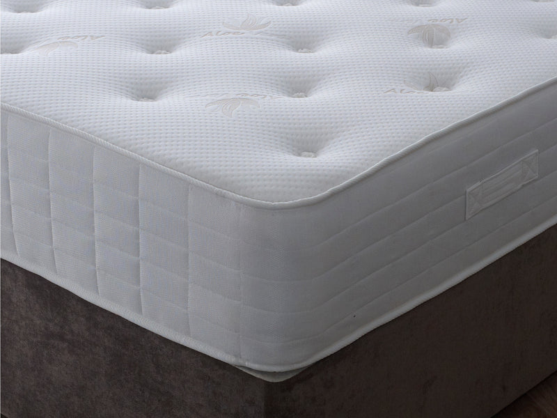 Ruby Luxury 800 Pocket Sprung Mattress - Firm