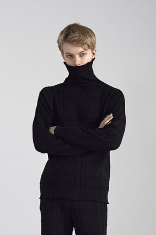 Tartan Knit Turtleneck - Black