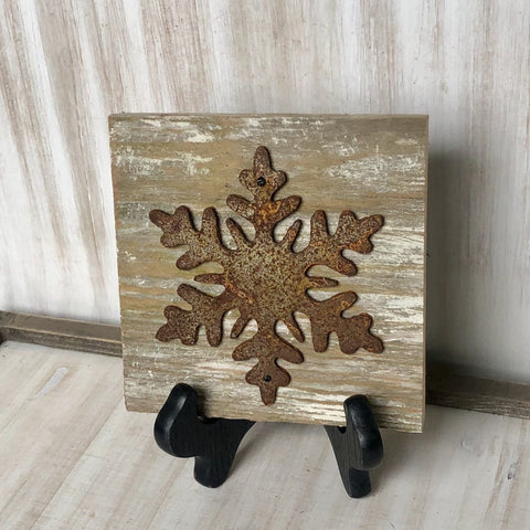 "Rusty Metal ""SNOWFLAKE"" on Rustic Reclaimed White Wash Cedar Wood - Primitive Farmhouse Sign"