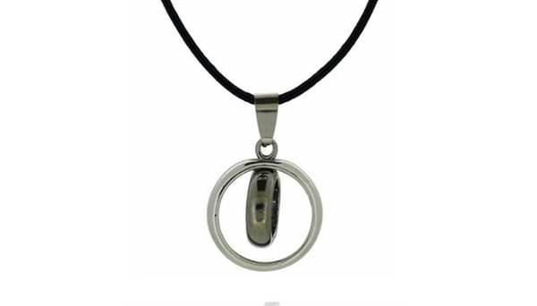 Men's Vintage-Inspired Pendant Necklaces