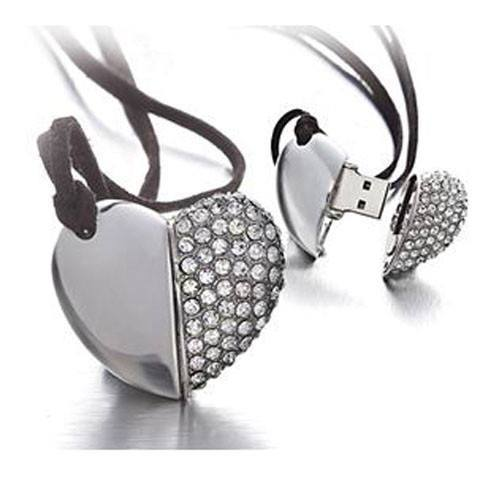 Accessories - Diamond Heart USB 2.0 Flash Drive 32GB