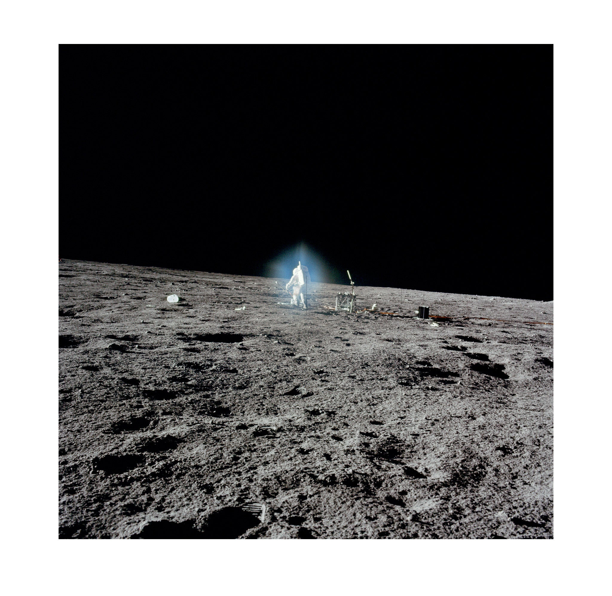 Apollo 12 – Blue Glow