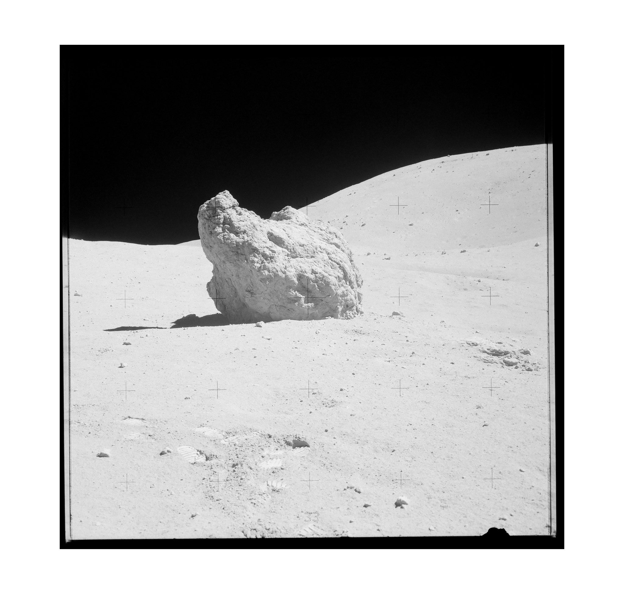 Apollo 16 – Shadow Rock