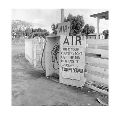 Dorothea Lange – Gas Station