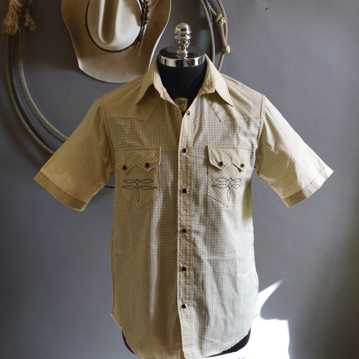 Highwayman- Dixon Rand X Red Rabbit Trading Men's Short Sleeve Western Shirt (Parchment)