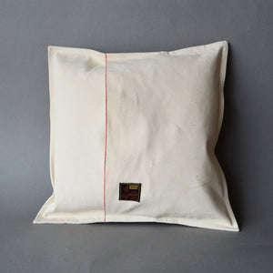 Throw Pillow-LOVE Heart