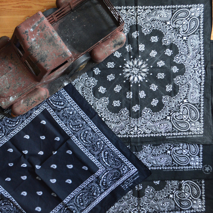 Vintage Bandana - All  Black