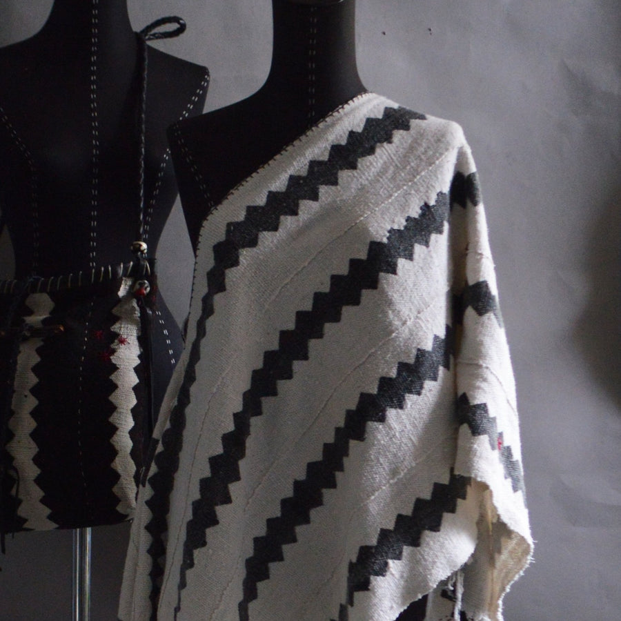 Serape- Wht/Blk  ZigZag Pattern Mudcloth with Handstitched Accents