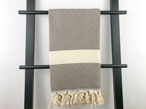 Peshtemal diamond taupe and beige