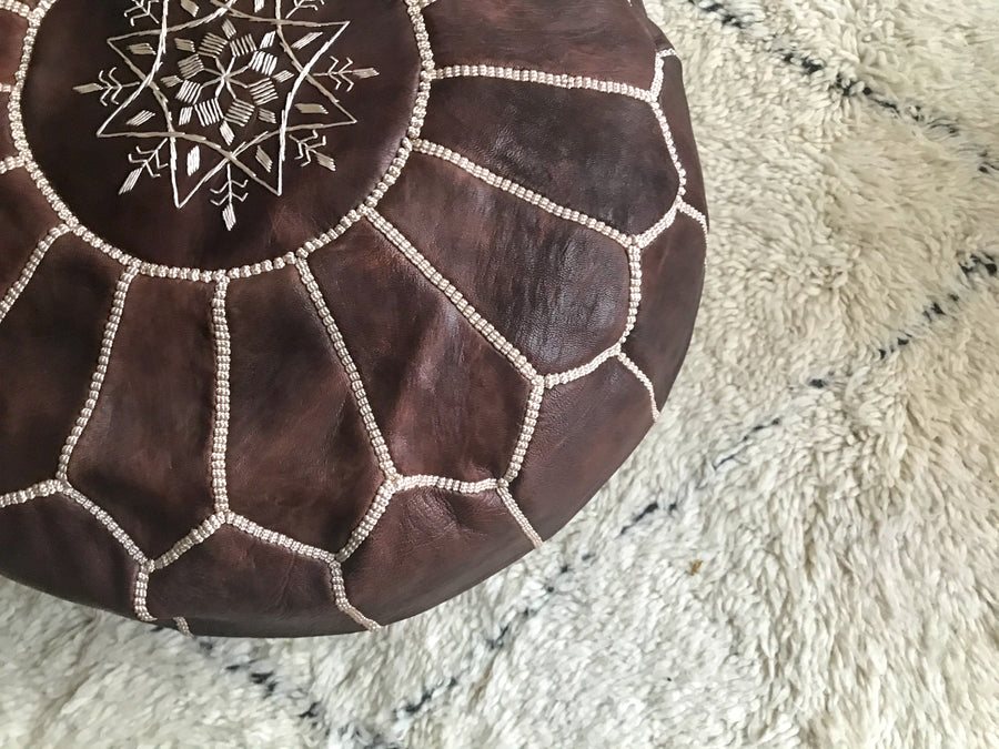 Moroccan pouf in brown leather
