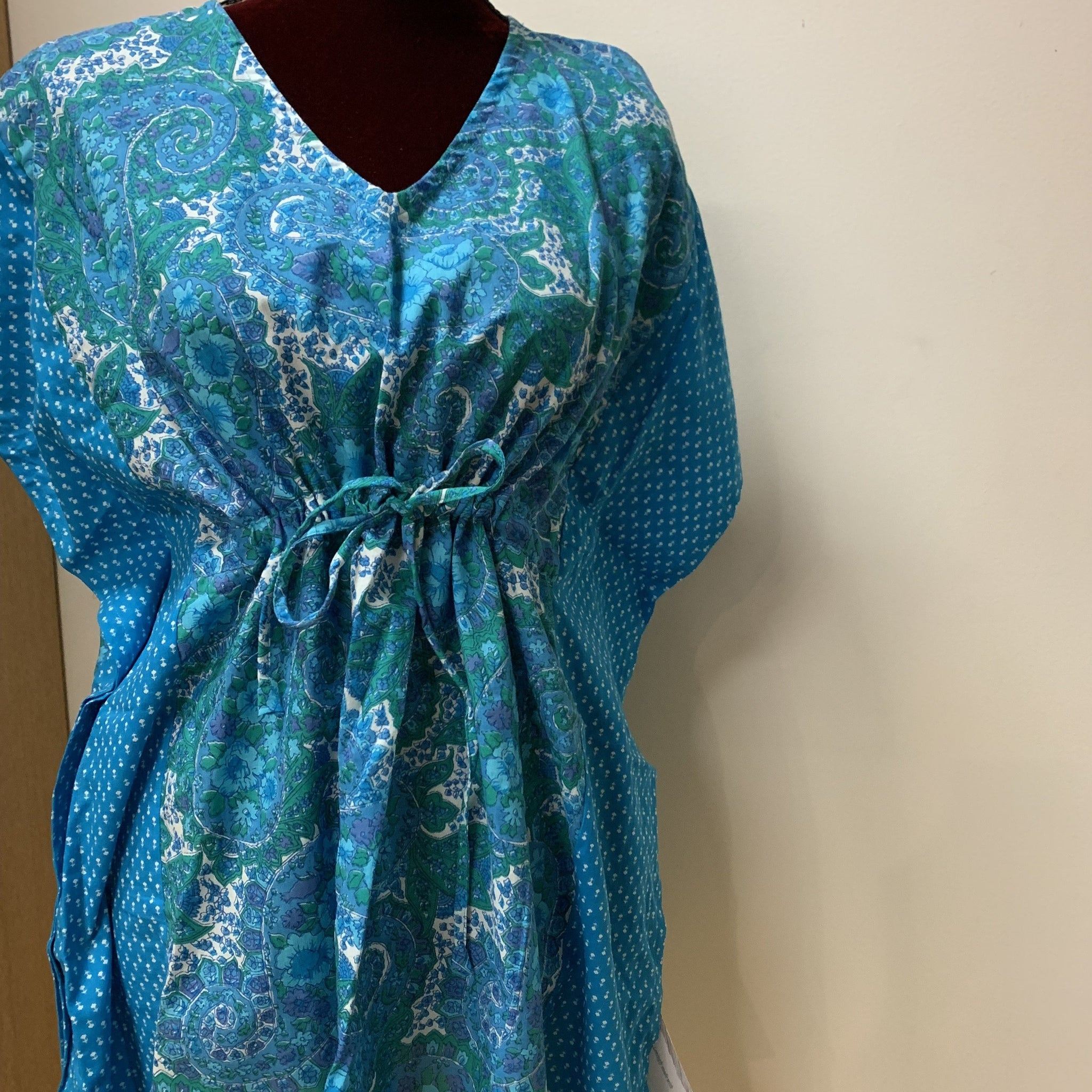 Short Kaftan Blue Flower Design
