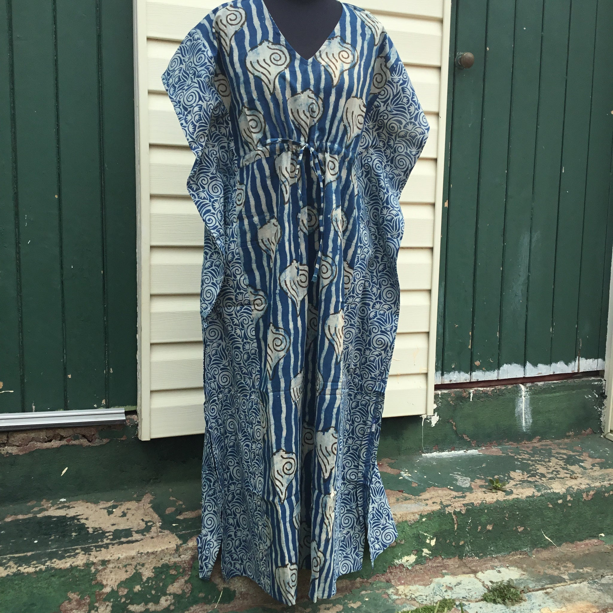 Fair Trade Long Kaftan (Blue Shells)
