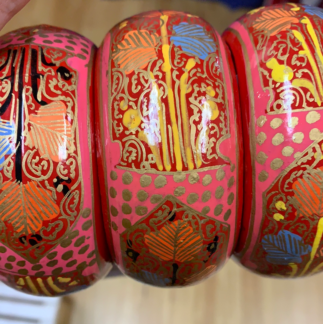 Fair Trade Ethical Jewellery Hand Painted Bangles in Pink and Red
