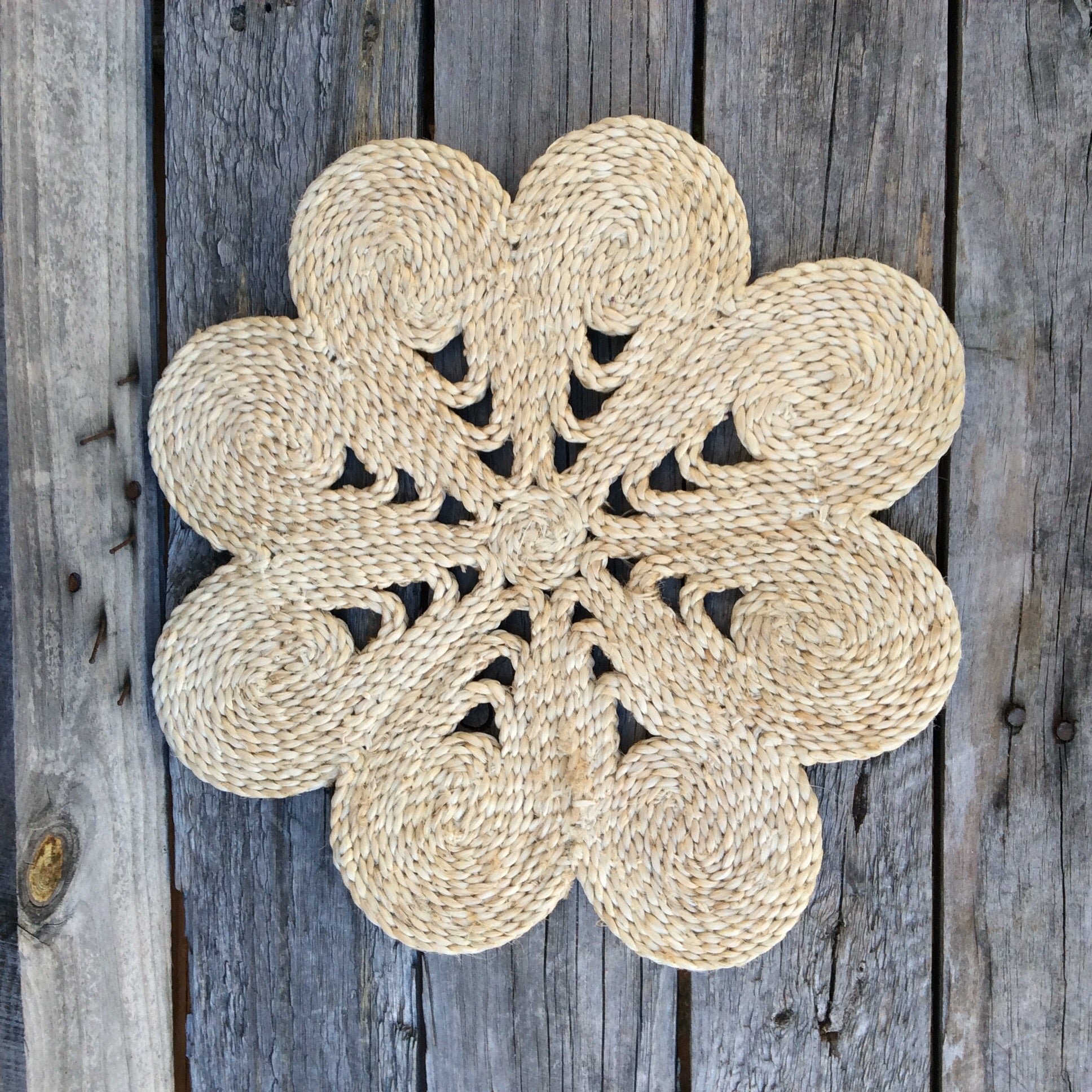 Fair Trade Ethical Jute Table Mat Cream in Flower Design