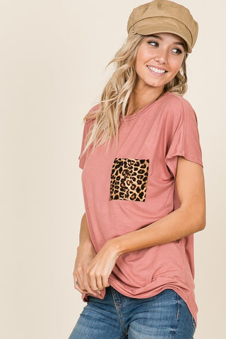 Women's Short Sleeve Round Neck Jersey Knit Top with Leopard Print Pocket