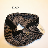 BUMBLE INFINITY SCARF W/ BUTTONS