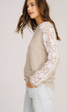 CROCHET KNIT APPLIQUE SLEEVED SWEATER