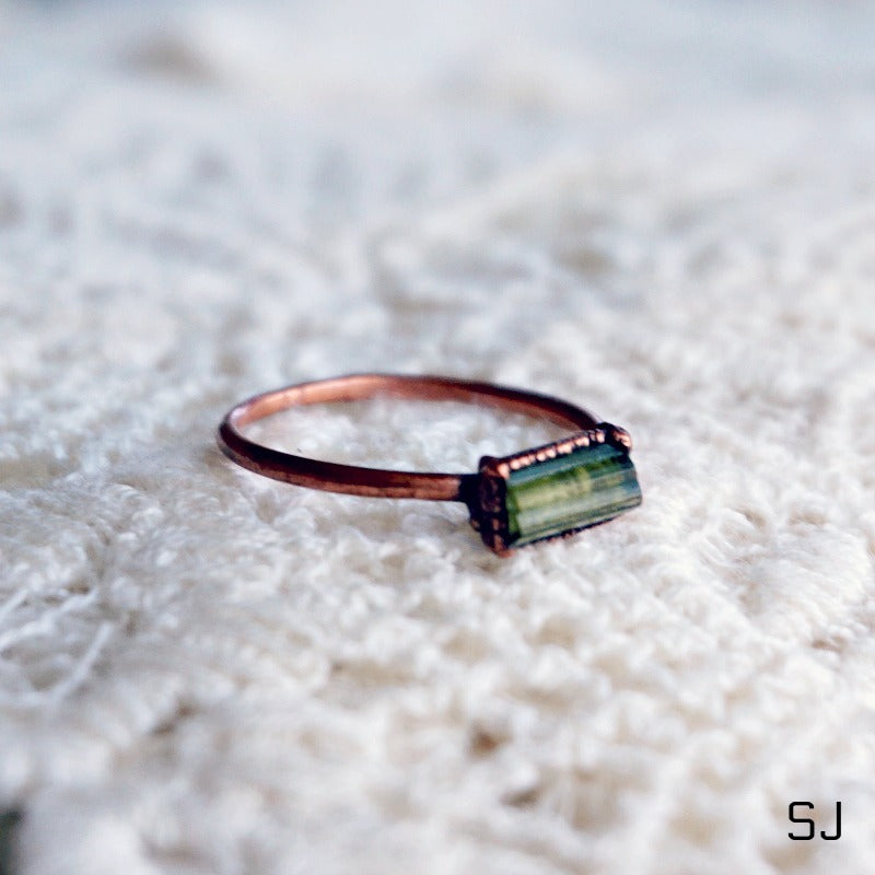 Raw Green Tourmaline Ring - SOWELL JEWELRY