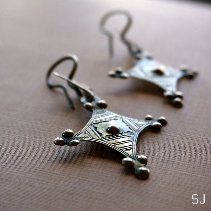 Ode African Tuareg Dangle Earrings - SOWELL JEWELRY