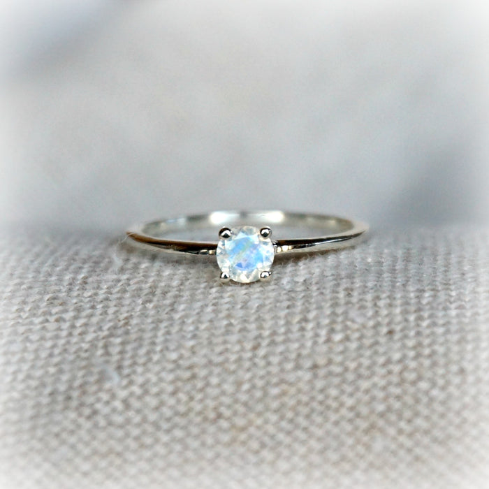 Aria Solitaire Moonstone Ring - SOWELL JEWELRY