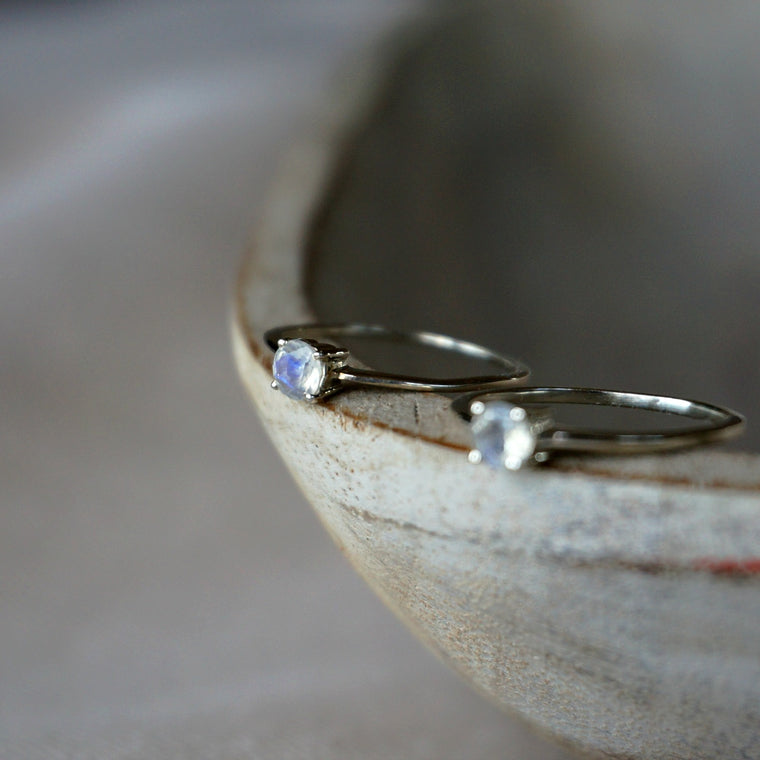 Aria Solitaire Moonstone Ring