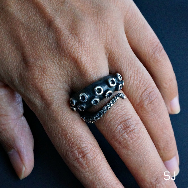 Octopus Tentacle On Finger - SOWELL JEWELRY