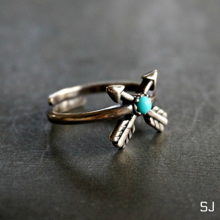 Double Arrow Turquoise Ring