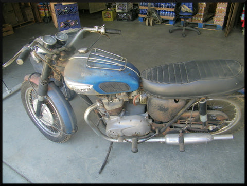 Uncovering An Original 1968 Triumph Tiger Tr6r Motorcycle