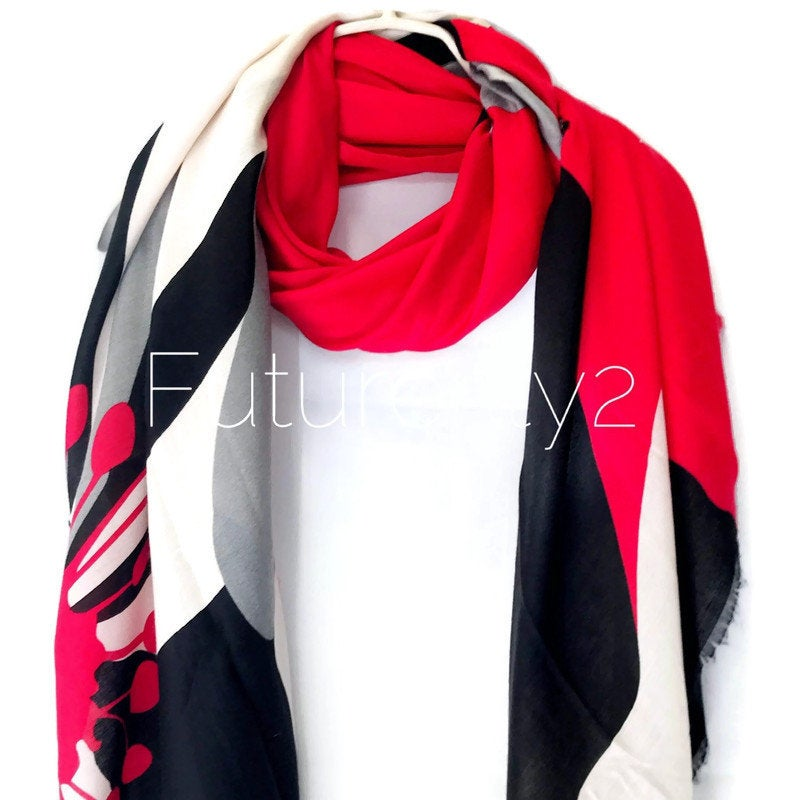 Digital Printed Large Flower Pattern Pink Black Cotton Scarf/Summer Autumn Scarf/Scarves For Women/Gifts For Her/Gifts For Mom