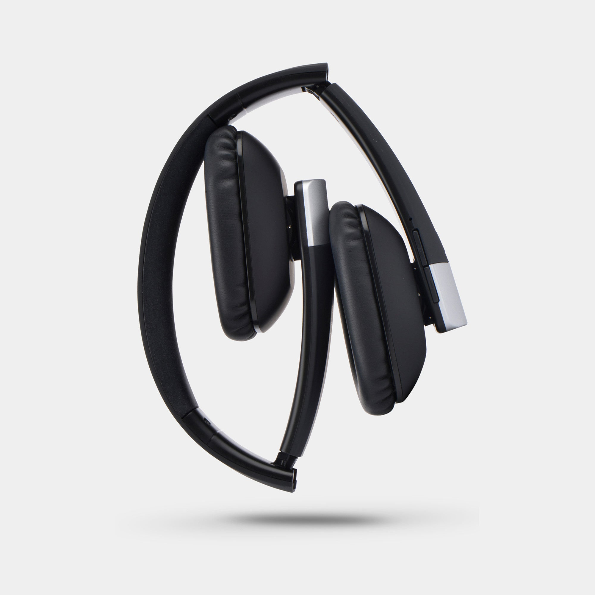 NUSOUND THE TRAVELLER Beatmaster Wireless Foldable Headphone