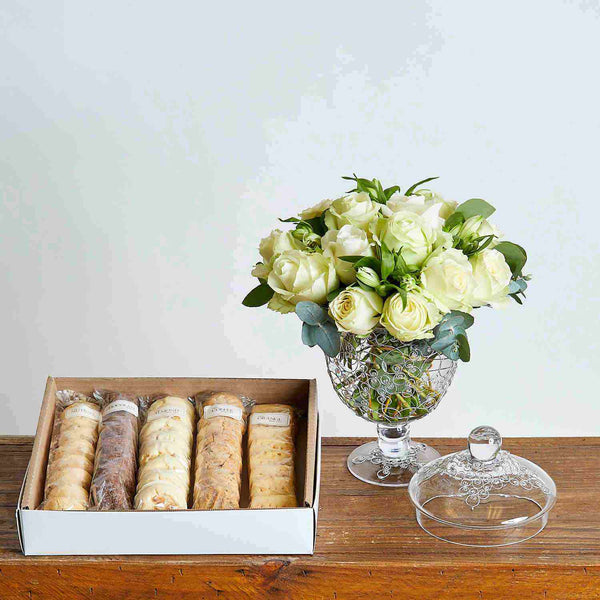 Cookies and Cream Luxury Flowers | Fabulous Flowers