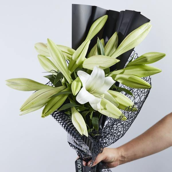 Beautiful Bouquets - Lovely Lilies