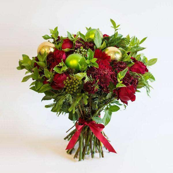 The Perfect Traditional Christmas Gift - Fabulous Flowers Cape Town Flower Delivery