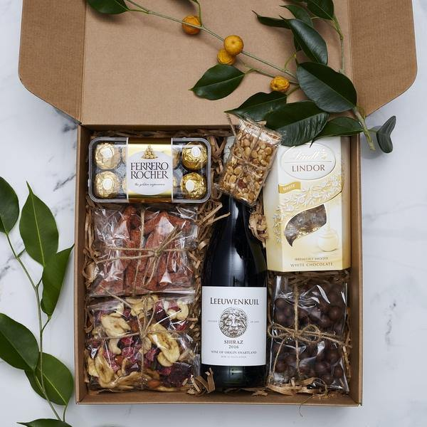 Gift Boxes & Hampers - Family Picnic Time