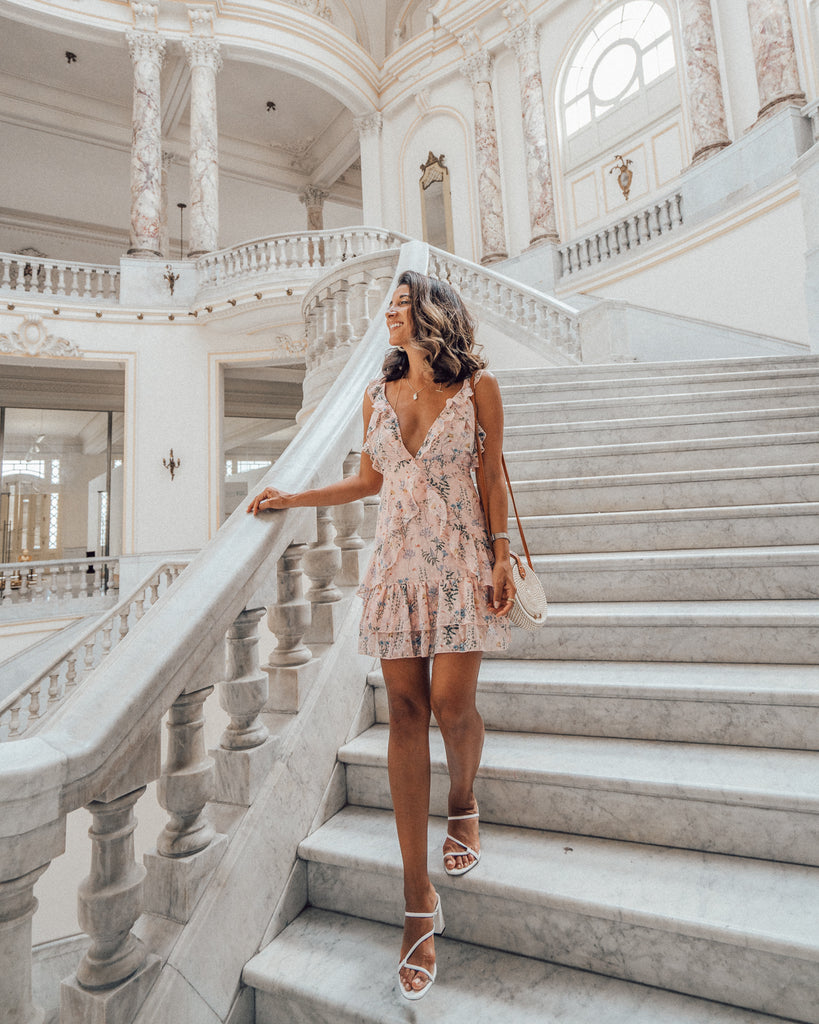 @maya_gypsy explores Cuba in our pretty Sweet Escape pink floral dress