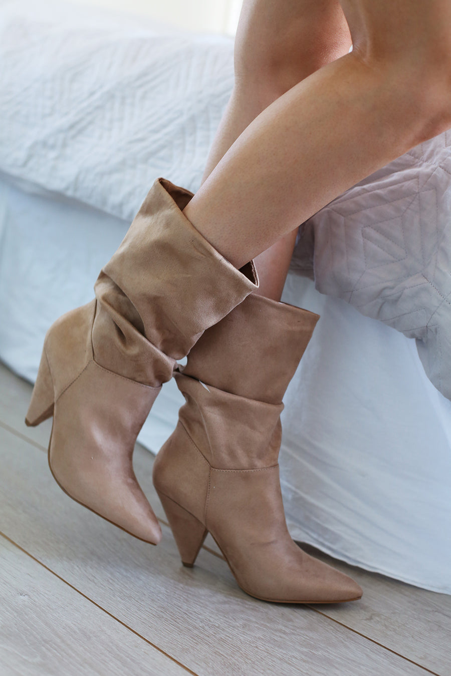 Indu Slouch Boot - Sand Micro