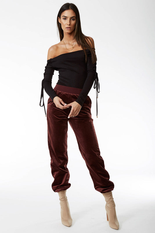 Triple Threat Velour Pant in Maroon