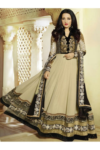 Georgette Anarkali of Beige color with such a astonishing ghera , contrasted by black top part with work
