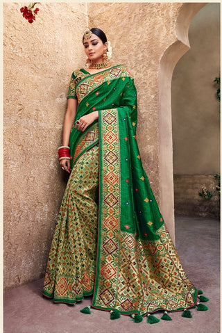 Green Banarasi Pure Silk  Wedding Wear Saree With Blouse