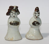A pair of Korean porcelain miniature figures. - asianartlondon